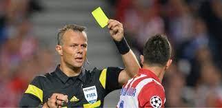 Ref, vaers the yellowcard?